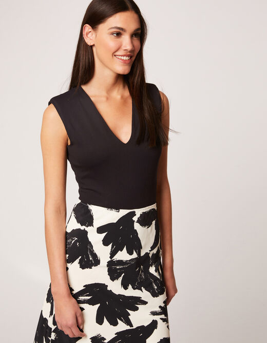 Sleeveless body with padded shoulders black ladies'