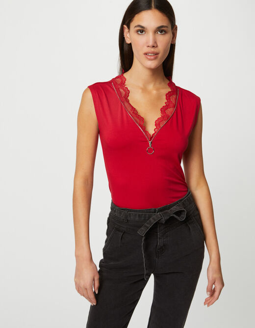 Short-sleeved t-shirt with V-neck red ladies'