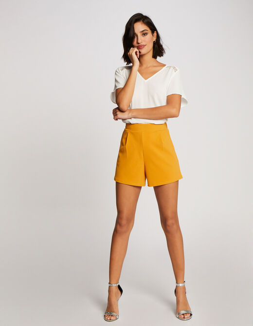High-waisted straight shorts with darts ochre ladies'